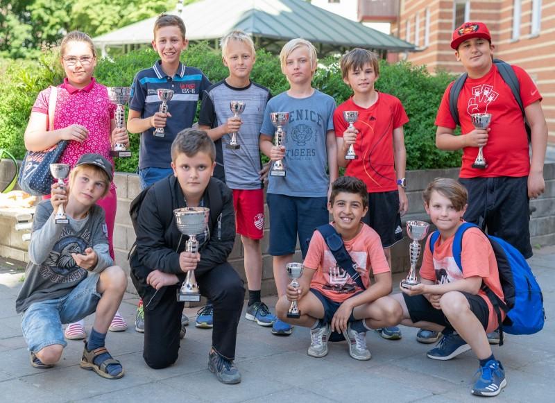 Pristagarna i den första Schackfyranmästartävlingen